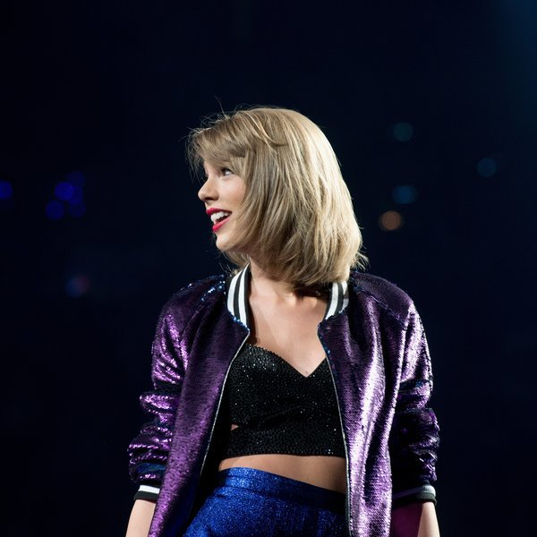 Selfies Are Encouraged at the Official Taylor Swift Museum Exhibit Coming to NYC Soon