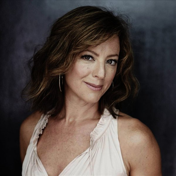 sarah mclachlan listen and stream free music albums new releases