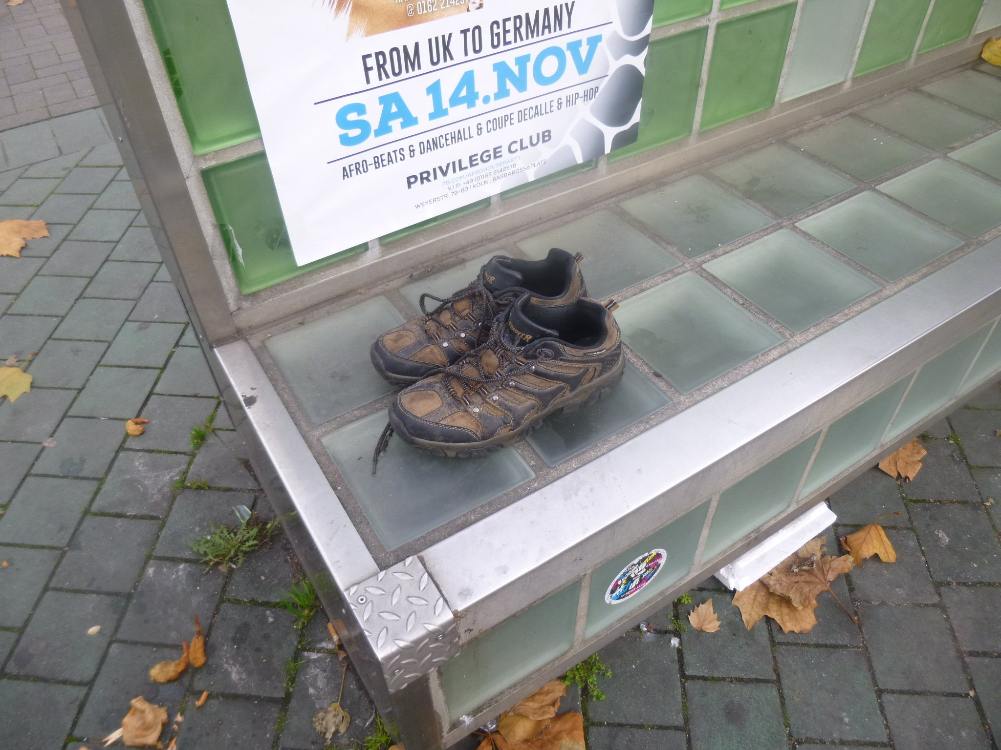 einsame Schuhe