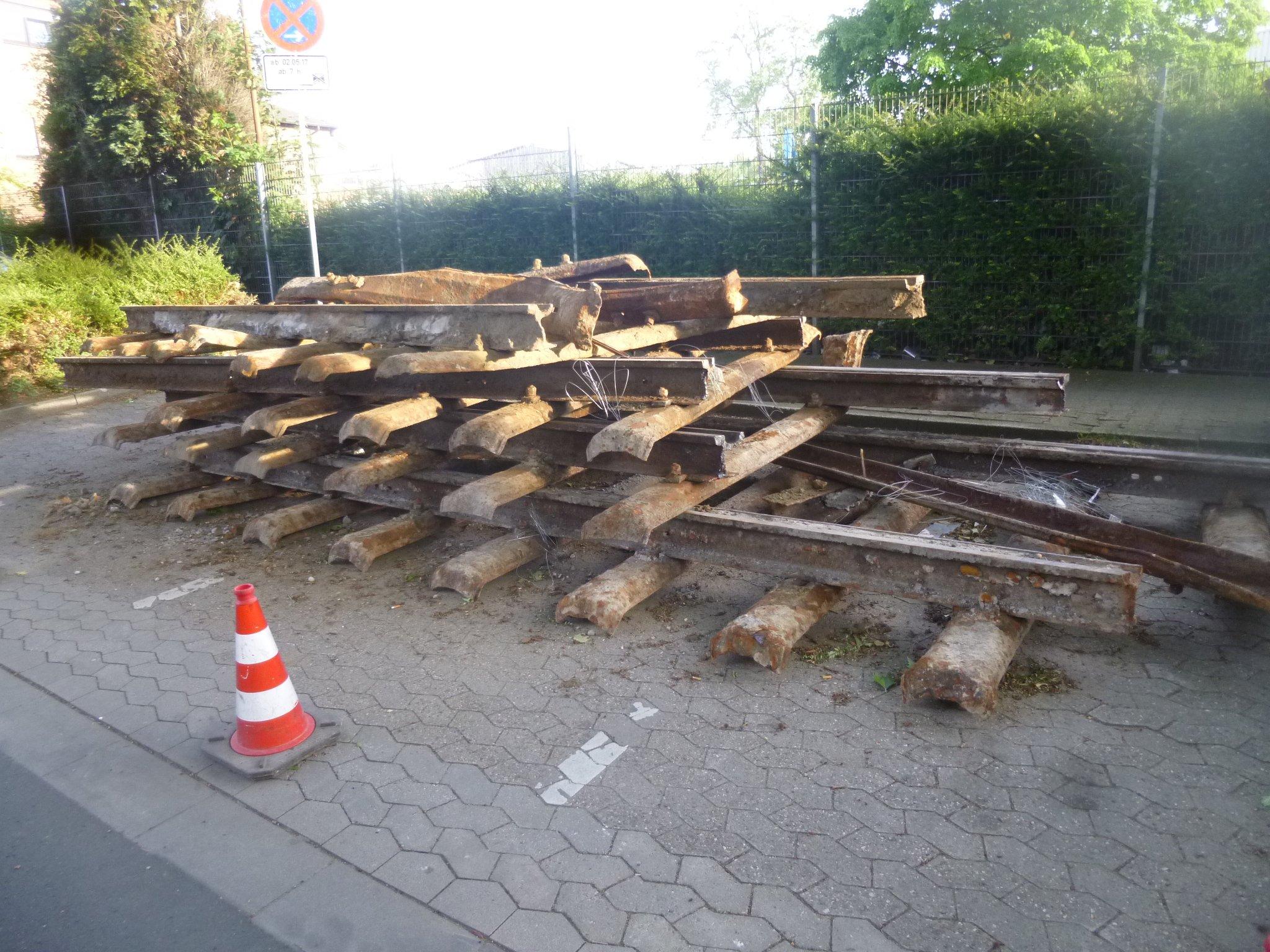 ausrangierte Schienen
