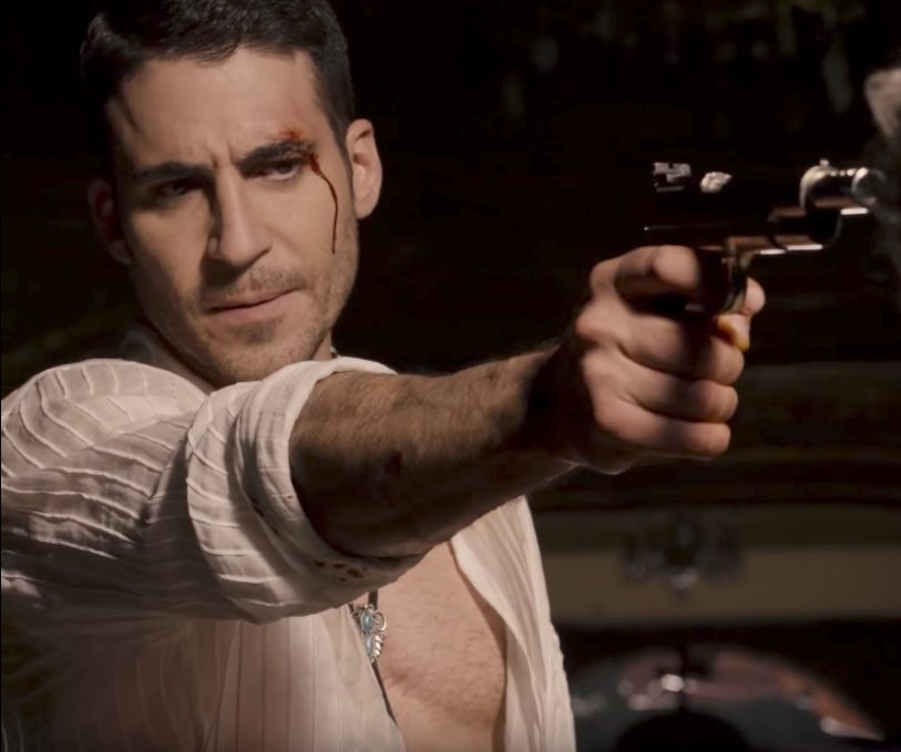 Lito Rodriquez is played by Miguel Ángel Silvestre
