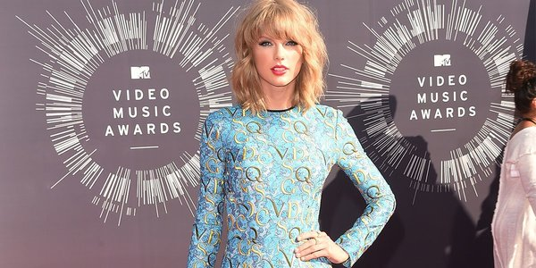 Taylor Swift Has (Reportedly) Insured Her Legs For $40 Million